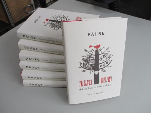 Pause - book - 1